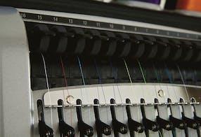 Tensão automática da linha – Acti-Feed – Melco EMT16plus máquina de bordar