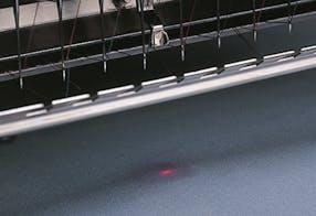 Alinhamento de laser – Melco EMT16plus máquina de bordar